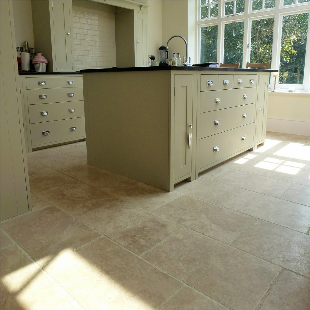 Travertine kitchen bathroom floor tiles the stone tile for Pictures of floor tiles for kitchens