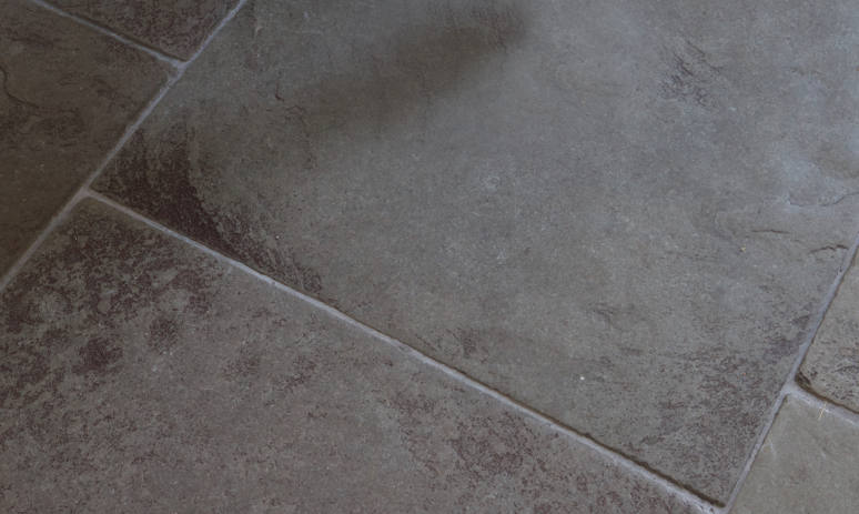 Artisans - Berkley Limestone floor tiles